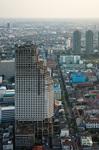 タイ・バンコクの建設放棄ビル.jpg